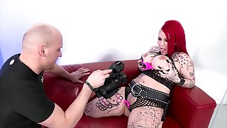 Red Beat up - Sbbws And Freaky Inked Slut Porn Clip