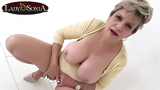 Busty mature Lady Sonia has such a dirty mind