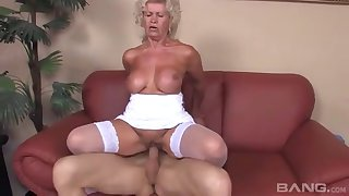 Elderly amateur Effie teases with her characterless undergarments and gets fucked